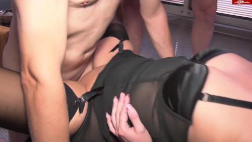 NatalieAlba - Strapsmaus total vollgepumpt - Watch XXX Online [HD 720P]