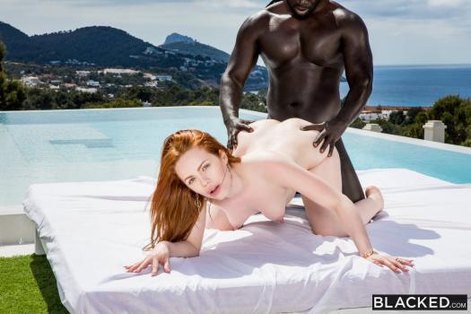 Blacked 19 07 04 Ella Hughes XXX 1080p MP4-KTR