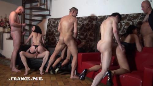 Venus Lova, Savannah, Tania Kiss - Three hotties hard fucked and double penetrated in a big orgy [HD 720P]