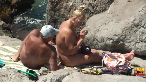 Nudist video 00423