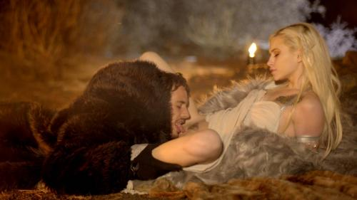 Throne Games Mother Of Dragons - S1:E7