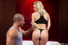 brazzersexxtra-19-07-19-natalia-starr-red-hot-yoga.jpg