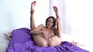 atkgalleria-19-07-18-emma-hix-masturbation.jpg