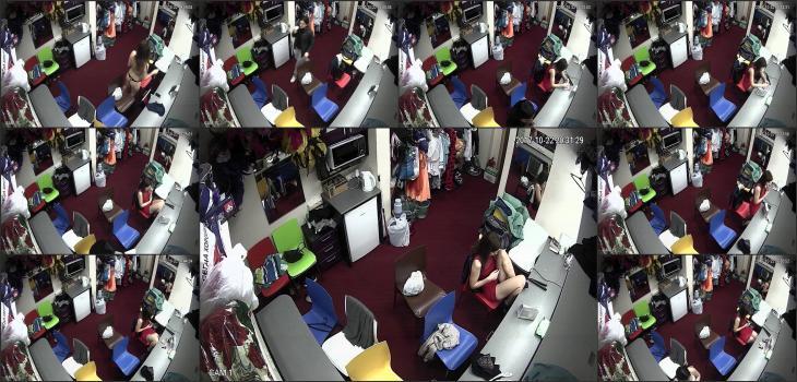 Dressing room Strip club_909
