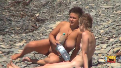 Nudist video 00831