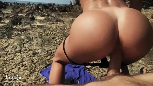 Morning Sloppy Blowjob & Fuck On The Beach [FullHD 1080P]