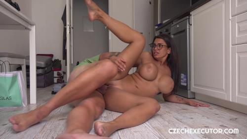 Chloe Lamour Czech [FullHD 1080P]