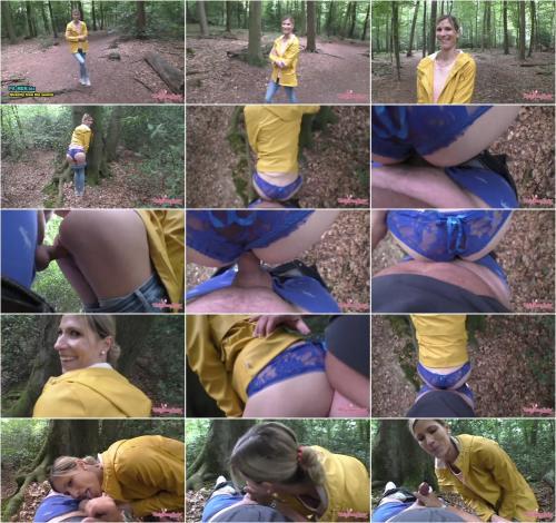 MellyBunnyLuder - Mit Kollegem 1. Waldfick im Leben [FullHD 1080P]