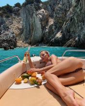 Caroline Vreeland wears dotted bikini on her vacation 1-8-19